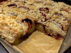 Maślane ciasto ze śliwkami - proste i pyszne! - Blog z apetytem Krispie Treats, Rice Krispies, Delish, Oatmeal, Curry, Breakfast, Cake, Blog, The Oatmeal