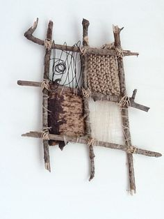 CREATION 4 by Lynnholly; Found bits and pieces, reworked -textiles Weaving Projects, Weaving Art, Tapestry Weaving, Loom Weaving, Art Projects, Stick Art, Weaving Techniques, Techniques Textiles, Nature Crafts