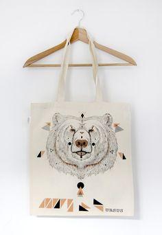 Handbedruckte Stofftasche mit Bärenprint von MOZAIQ via dawanda.com /Hand-printed bag with bear print by MOZAIQ via dawanda.com