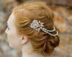 Pearl/Crystal Hair Drapes - Gold Vintage Style Hair Draped Pearls And Crystal Rose Features, Anita Gold. Gold Headpiece, Headpiece Wedding, Wedding Earrings, Bridal Headpieces, Bridesmaid Hair Half Up Braid, Vintage Rose Gold, Crystal Rose, Ivory Pearl, Vintage Fashion