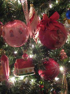Christmas ornaments on livingroom tree