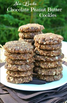 No Bake Chocolate Peanut Butter Cookies have 5 ingredients, no refined sugar, take 10 minutes to make, have the texture of a cookie. Easy Cookie Recipes, Whole Food Recipes, Dessert Recipes, Milk Recipes, Egg Recipes, Recipes Dinner, Pasta Recipes, Bread Recipes, Cake Recipes