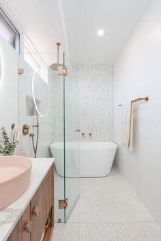 Home Interior Bohemian .Home Interior Bohemian Bad Inspiration, Bathroom Inspiration, Interior Design Inspiration, Design Ideas, Interior Ideas, Design Design, Bathroom Renos, Small Bathroom, Bathroom Ideas