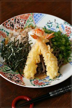 Ebi-ten Oroshi Soba, Japanese Soba Noodles with Prawn Tempra and Raw Grated White Radish (Oroshi) 海老天おろし蕎麦