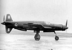 Dornier Do 335 arrow in post-war French markings. Ww2 Aircraft, Fighter Aircraft, Military Aircraft, Fighter Jets, Luftwaffe, Dornier Do 335, Military Engineering, Experimental Aircraft, Ww2 Planes