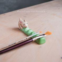 Ceramic Clay, Ceramic Pottery, Pottery Art, Ceramic Brush, Polymer Clay Crafts, Diy Clay, Cute Crafts, Diy Crafts, Keramik Design