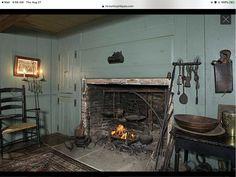 Primitive Homes, Primitive Bedroom, Primitive Antiques, Primitive Decor, American Interior, American Decor, Saltbox Houses, Old Houses, Kitchens