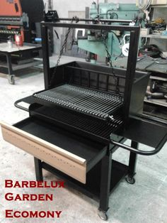 Barbecue a legna Barbelux | Foto Gallery Barbecue Design, Grill Design, Barbecue Grill, Barbacoa, Brick Bbq, Grill Station, Fireplace Design, Welding Projects, Charcoal Grill