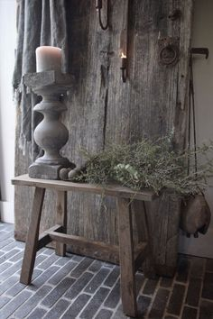 Open House Offer (also online!) - Frieda Dorresteijn - During the open house days on October 27 and we have a great offer. The old wooden benches of 4 - # Modern French Country, French Country Farmhouse, French Decor, French Country Decorating, Wood Floor Pattern, Plans Architecture, Shabby Chic Christmas, Christmas Table Settings, Distressed Furniture