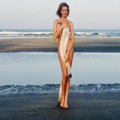 Любовь Толкалина обнажилась на индийском пляже