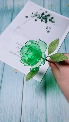 Cool Paper Crafts, Paper Flowers Craft, Paper Crafts Origami, Flower Crafts, Diy Flowers, Fabric Origami, 3d Paper, Diy Crafts Hacks, Diy Crafts For Gifts