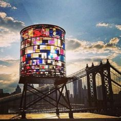 Stained Glass Water Tower Sparkles Along Brooklyn's Skyline, by Tom Fruin. (The Water tower at 20 Jay Street, Brooklyn, New York), Land Art, Brooklyn Bridge Park, Brooklyn Nyc, Brooklyn Dumbo, Nyc Skyline, Hello Brooklyn, Brooklyn Heights, Manhattan Skyline, New York