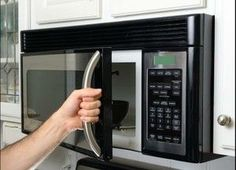 Dr Oz: Microwave Tricks + Mug Cake & Clean Kitchen Tools Kitchen Hacks, Kitchen Tools, Kitchen Appliances, Kitchen Cleaning, Microwave Recipes, Microwave Oven, Speed Cleaning, Cleaning Hacks, Cleaning Products