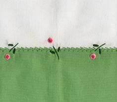 Featherstitch is worked over the seam and accented with pinwheel flowers. Made by Trudy Horne Adorei para fazer nas fraldinhas de boca. Embroidery Motifs, Simple Embroidery, Cross Stitch Embroidery, Machine Embroidery, Embroidery Designs, Sewing Aprons, Heirloom Sewing, Embroidered Flowers, Hand Stitching