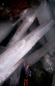 Giant Crystals / Dusky's Wonders