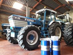 Ford Tractors, New Holland, Ford Models, Farming, Childhood, Vehicles, Pictures, Agriculture, Tractor