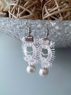 Hey, I found this really awesome Etsy listing at https://www.etsy.com/listing/230852627/ivory-bridal-earrings-bridesmaid