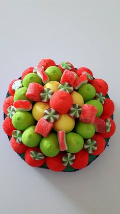 Candy Flowers, Candy Art, Candy Cakes, Cute Candy, Fruit Salad, Decoration, Hand Crafts, Sweets, Buffets