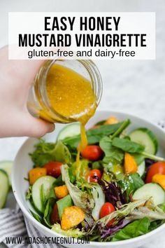 Did you know it's so easy to make your own vinaigrette at home? All you need is a few ingredients to make this easy honey mustard vinaigrette. The sweet and tangy flavors pair so well with fresh salad greens and veggies. Take a few minutes to throw this s Yummy Recipes, Vegetarian Recipes, Cooking Recipes, Healthy Recipes, Easy Salad Recipes, Free Recipes, Honey And Mustard Salad, Honey Mustard Vinaigrette, Honey Mustard Dressing