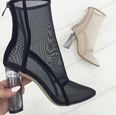 Image shared by Cathy Phan. Find images and videos about fashion, shoes and heels on We Heart It - the app to get lost in what you love. Heeled Boots, Bootie Boots, Shoe Boots, Ankle Boots, Cute Shoes, Me Too Shoes, Women's Shoes, Simmi Shoes, Crazy Shoes