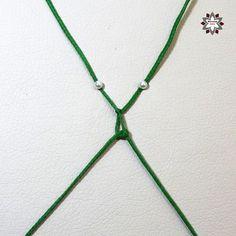 Tutorial: Grid pattern bracelet – Macramotiv Macrame Necklace, Macrame Jewelry, Macrame Bracelets, Macrame Tutorial, Textiles, Friendship Bracelets, Grid, Knots, Weaving
