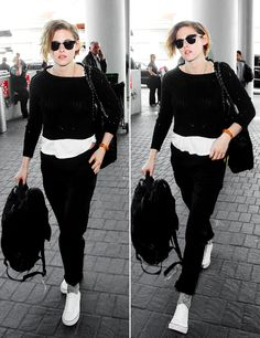 Kristen Stewart at Los Angeles International Airport (January 25, 2015)