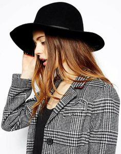 Style Icon // Francoise Hardy Get the Look - ASOS fedora hat fancy-full.com