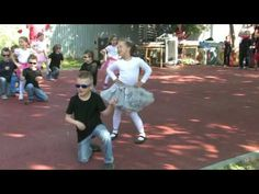 Pomáda v MŠ (Grease) - YouTube Grease Dance, Musicals, Songs, Youtube, Concert, Kids, Kindergarten, Dancing, Dance