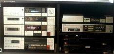 Videoton EA7386 S Amplifier, Videoton RT7300 S Tuner, AKAI HX-2 Cassette Deck, AKAI VS-6 4 Video, Akai AP-D3, Akai CD-A7 Cd