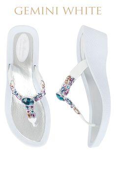 Gemini Ultimate Pool Shoe - White Base  Available from www.piarossini.com #PiaRossini #UltimatePoolShoe #Pool #Shoes #Sandal #Beach #Cruise #Comfort #Resort