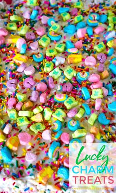 These Lucky Charms treats are gooey and loaded with marshmallows. They're topped with a thin layer of buttercream and even more marshmallows! Potluck Recipes, Holiday Recipes, Snack Recipes, Breakfast Recipes, Types Of Desserts, Easy Desserts, Lucky Charms Treats, Blondie Brownies, Delicious Restaurant