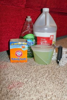 Awesome remove stains tips are offered on our internet site. Check it out and you wont be sorry you did. Deep Cleaning Tips, House Cleaning Tips, Diy Cleaning Products, Cleaning Hacks, Cleaning Carpets, Floor Cleaning, Cleaning Solutions, House Smell Good, Clean Baking Pans
