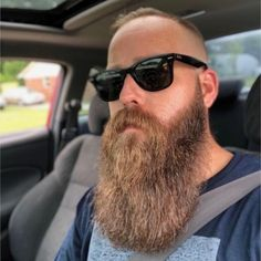 for men who love long bearded men Beard No Mustache, Epic Beard, Full Beard, Long Beard Styles, Hair And Beard Styles, Great Beards, Awesome Beards, Types Of Beards, Beard Styles