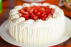 Tarta de Fresas y Nata Te enseñamos a cocinar recetas fáciles cómo la receta de Tarta de Fresas y Nata y muchas otras recetas de cocina.