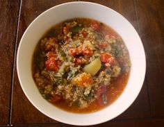 Beet Green & Quinoa Italian Style Stew - The Aloha Files. Looking for a hearty meal on a cold day? This is a super simple and warming stew that's great with added veggie sausages and thick bread for souping up all the leftover tomato sauce. If you don't have beet greens on hand you can substitute spinach, kale, collard greens, or swiss chard. #Vegan