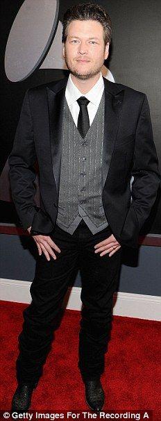 So handsome!! Classy look, Blake!!