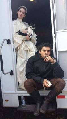 Adelaide Kane behind the scene with her kitty and Sean Teale. Adelaide Kane, Reign Cast, Reign Tv Show, Mary Stuart, Mary Queen Of Scots, Queen Mary, Movies And Series, Movies And Tv Shows, Book Series