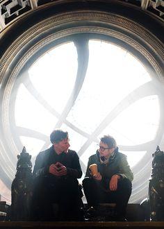 Benedict Cumberbatch and director Scott Derrickson during behind the scenes of Doctor Strange