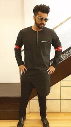 20 Best Black Kurta Pajama for Men 2018 Nigerian Men Fashion, Indian Men Fashion, Mens Fashion Suits, Latest Kurta Designs, Mens Kurta Designs, Kurta Pajama Men, Kurta Men, Wedding Kurta For Men, Boys Kurta Design