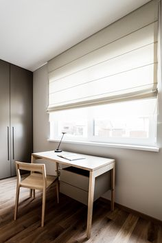 Små skrivbord med lådor. Designmöbler online