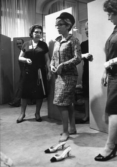 NANCY SINATRA , CHANEL 1966 | eBay