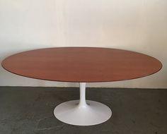 Knoll Saarinen Mid century Teak Top Tulip Dining table