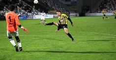 Fútbol | Un Barakaldo a tres puntos del 'play-off' se enfrenta a un Amorebieta en zona de descenso
