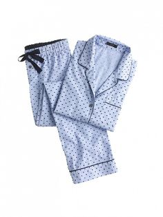 For the Polished Girl: J. Crew End-On-End Pajama Set in Swiss Dot in Hydrangea Navy // Fact: Swiss dots are the most charming dots.