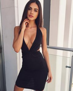 Sheath Deep V-Neck Above-Knee Cut Out Black Stretch Satin Homecoming Dress Sophia Miacova, Sexy Outfits, Fashion Outfits, Woman Outfits, Tight Dresses, Sexy Dresses, Looks Style, Gorgeous Women, Homecoming Dresses