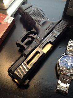 Salient Arms Glock 19 package
