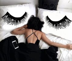 LOVE these eyelash pillow cases!