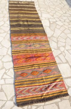 Kilim runner Rug, Hand woven Vintage Turkish Kilim Carpet, Formerly a Saddle bag, Bohemian Modern Home Decor