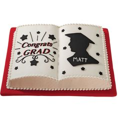 This book shaped graduation cake looks good enough to read! With all the reading your graduate has done over the past 4 years, this personalized graduation cake is a perfect way to say ?a job well done.?