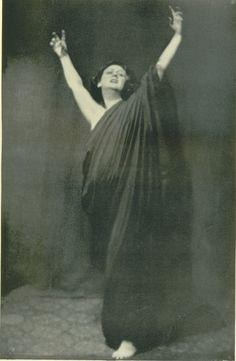 Isadora Duncan, liberty of the dance. Libertad de la danza